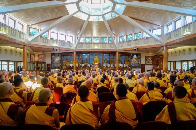 Kadampa Buddhist monks & nuns