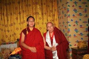 HH Gaden Trisur Lungrik Namgyal Rinpoche with Chinese Panchen