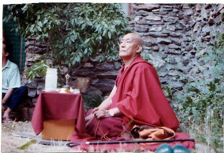 Photo of Kyabje Khen Tamding Gyatso Rimpoche