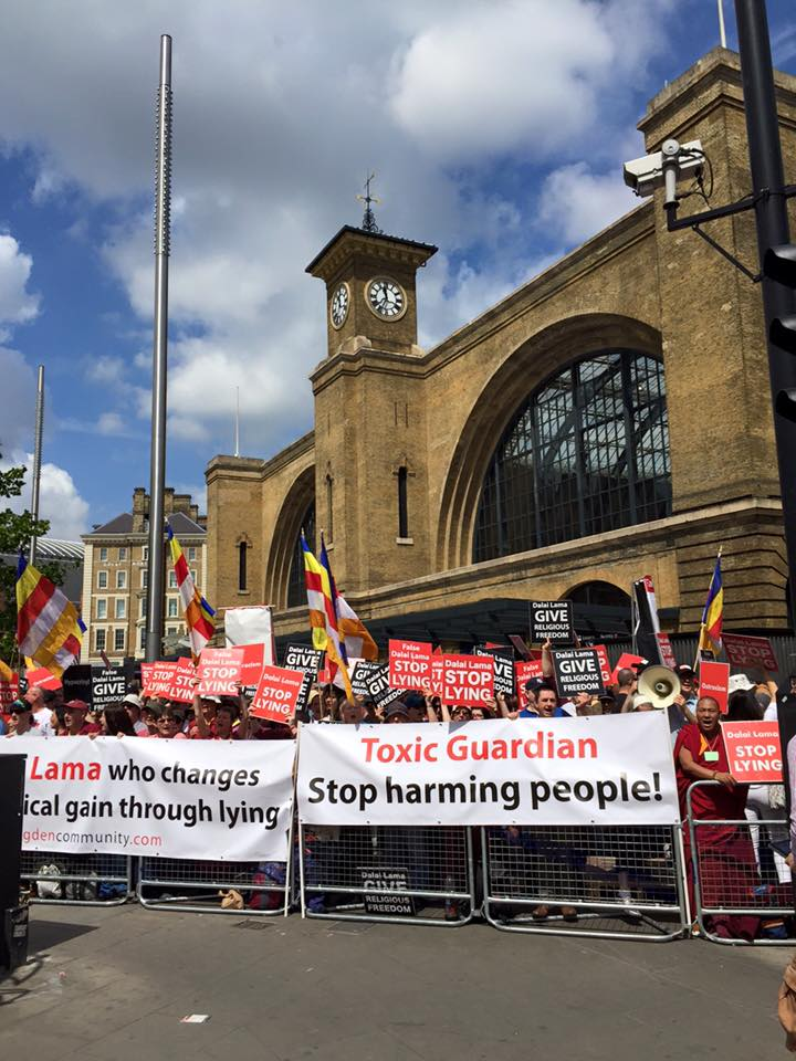 The NKT/ISC protest close to the Guardian building in London. Only when The Guardian came under pressure themselves by protesters they started to seek advice by an academic expert. Here is the response to the NKT/ISC Guardian Campaign.
